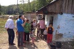 GÄLLER-14-sept.-2014-vi-besöker-romers-boende-i-Rumänien