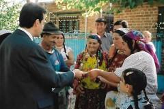 GÄLLER-Mötet-med-Kalderash-romer-i-Rumänien-2001-2-Red.-5-juni-2020